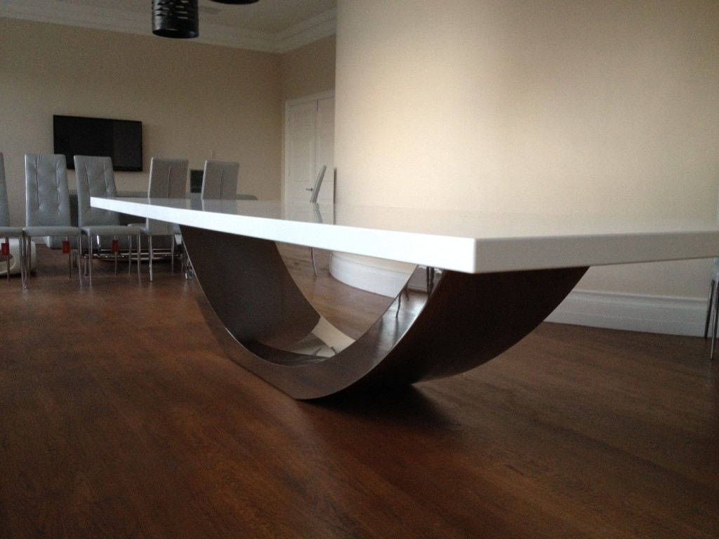 Sweep Dining Table 4